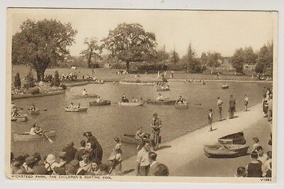Northamptonshire postcard - Kettering, Wicksteed Park , Childrens Boating Pool