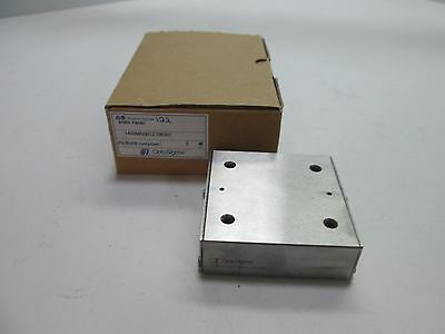 "New In Box OptoSigma IPWS-F6060 Linear Guide Table, Travel: 26mm (1"")"