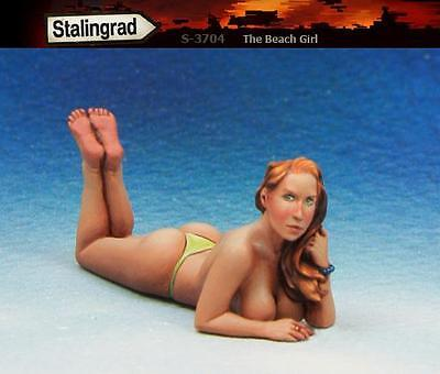Stalingrad 1/35 The Beach Girl - Lying Face Down Topless (1 Figure)