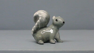 Retired Hagen Renaker Glossy Gray Squirrel