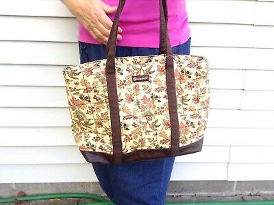 WALLET COSMETIC BAG & PURSE Zippered Tote AUTUMN PATH Quilted Fabric Longaberger