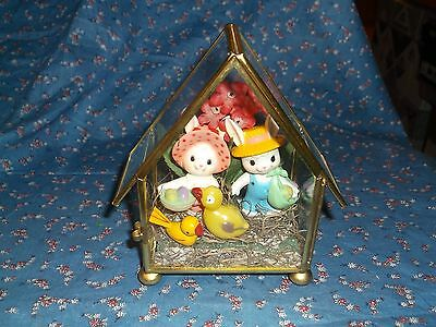 """Cute Crafted Bunny Children Glass House Display About 5 1/4"""" High Pink Backgroun"""