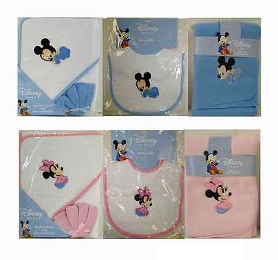 Disney Baby Mickey Minnie Mouse 4pc Gift Set Fleece Throw Blanket Bib Bath Towel