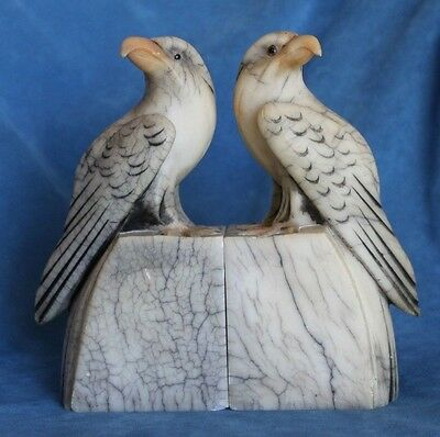 Stunning Pair Of Fine Antique Veined Italian Carrera Marble Eagle Bookends Italy