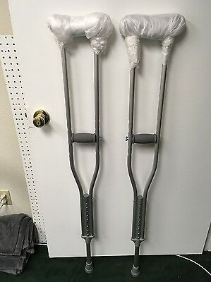 "Cardinal Health Crutches Adult # CA901AD 300LB Adjustable 5' 2""- 5' 10"""