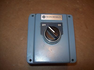 Allen Bradley Ab On/off Selector Switch In #800T-1Tz Switch Enclosure P284B