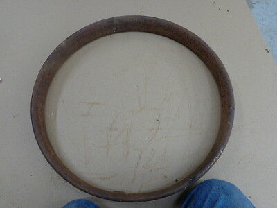 Antique Car 30 x 3 1/2 Clincher Rim MT-135