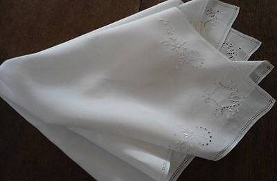 Vintage Heirloom Linen Tablecloth Topper Set Eyelet Embroidery Cutwork 33""