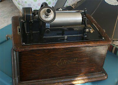 Very Nice  Edison Cylinder Phonograph LARGE LILY HORN WORKING
