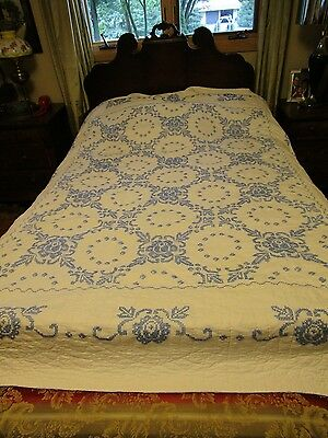 Vtg Quilt White & blue Cross Stitch 100% Hand Quilted Medallions floral 92 x 78""