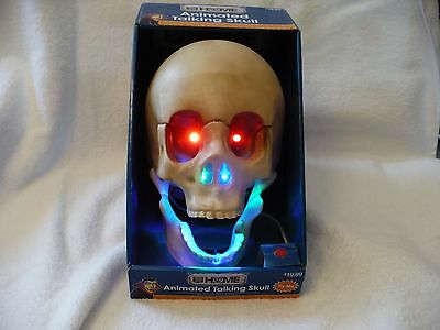 Wb- Animated Talking Skull (Led Eyes,moving Mouth,halloween Sounds) Mib  #49919