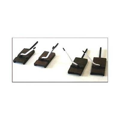 Knightwing B14 Ground Frames, Point Lever Bases with Levers Kit OO Gauge