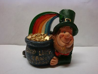 IRELAND WEE FOLK Leprechaun THE POT AT THE END OF THE RAINBOW LUCK OF THE IRISH