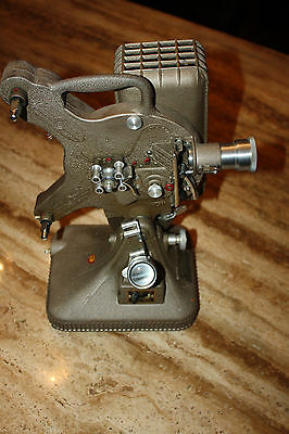 Old Vintage KEYSTONE MOVIEGRAPH Movie Projector 16MM