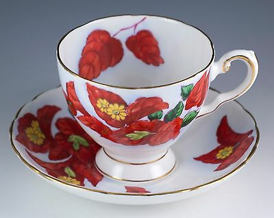 Vintage Bone China Tuscan Hawaiian Flowers Bougainvillea Tea Cup Saucer England