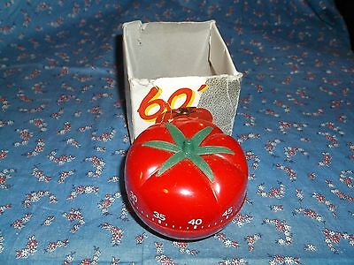 Fun Plastic Tomato Shaped 60 Minute Timer  About 2 Inch High   Partial Box