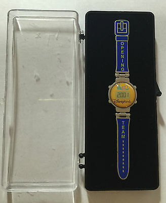 Disney Pin 9624 DLR - Opening Team Cast Member Countdown Watch Pin in pres' box