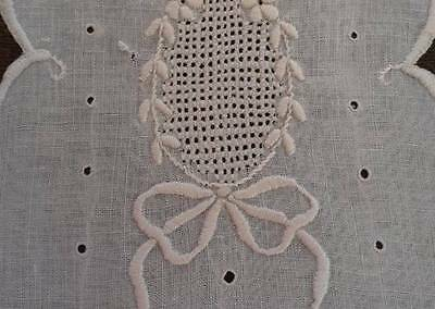 Vintage Small Table Runner Doily Embroidered Bows Cutwork White Linen Heirloom