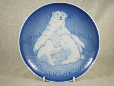Bing & Grondal Blue & White Mother's Day Plate 1974