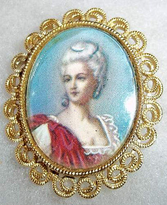 Karu Arke Inc Victorian Lady Portrait Brooch and Earrings