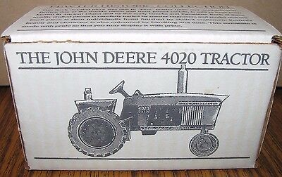 *John Deere 4020 Pewter Tractor Spec Cast Toy JDM-026 Historic Collection NEW!