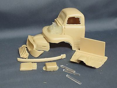 Resin 1954 Ford  COE Snub Nose F600.   1/25th scale.