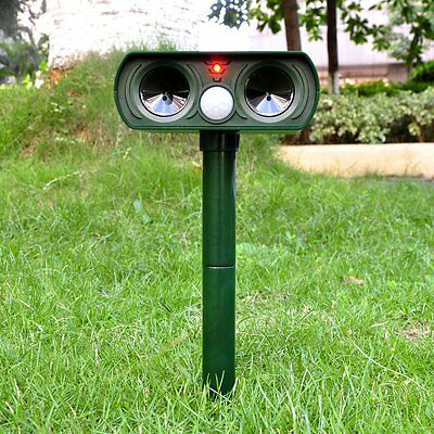 Ultrasonic Solar Powered Cat Dog Fox Repeller Animal Chaser Deterrent Repellent