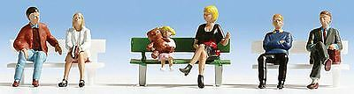 Noch N Scale Sitting People & 1 Bench | Bn | 36530