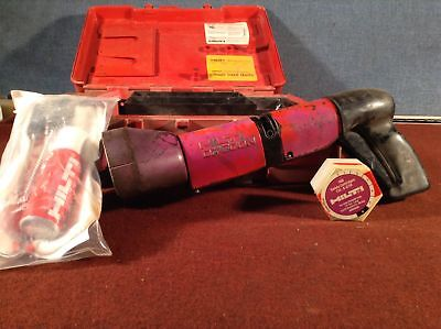 Hilti Dx 600-N Powder-Actuated Tool /W Safety Cartridges & Cleaning Kit