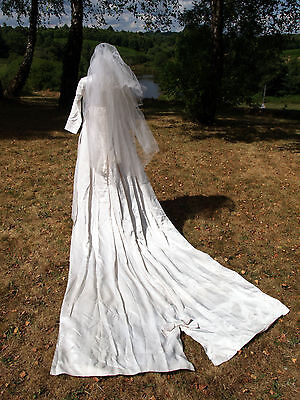 Vintage 1940s/ 50s French Wedding Dress With Train, Veil & Underskirt