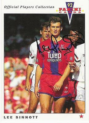 A Panini 92 card featuring & personally signed by Lee Sinnott of Crystal Palace.