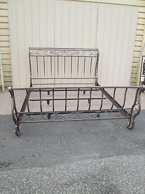 50865 King Size Ornate Metal Scroll Sleigh Bed