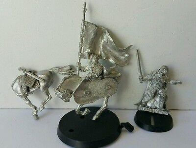 Mounted Rohan Captain Gamling with Banner & on foot metal LOTR The Hobbit OOP