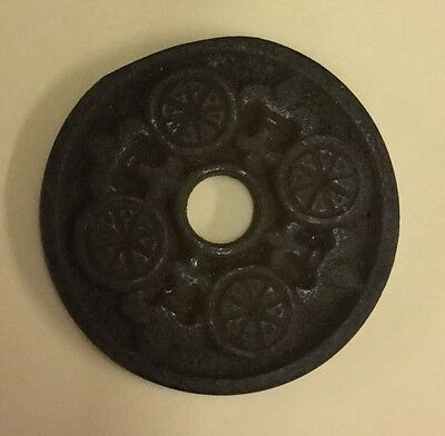 Victorian  Cast Iron Door Knob Round Back Plate H14