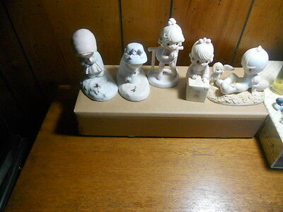 Vintage Precious Moments figurine 5 piece lot of figurines see listing