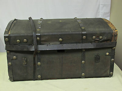 1800s Antique Victorian Tooled Leather Stagecoach Trunk Chest Brass Buttons