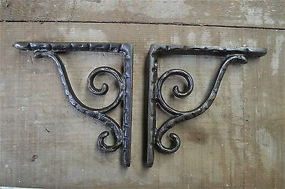 A pair of small antique simple scroll brackets cast iron wall shelf bracket AL25