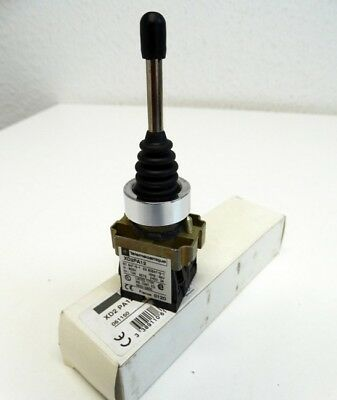 Telemecanique XD2-PA12   061150 2-Position Joystick -unused/OVP-