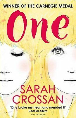 One WINNER OF THE CILIP CARNEGIE MEDAL 2016 - by Sarah Crossan (Paperback, 2016)