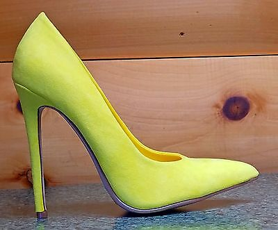 ef6f620125 Alba Ricky Yellow Micro Suede Pointy Toe Pump Shoe 4.5