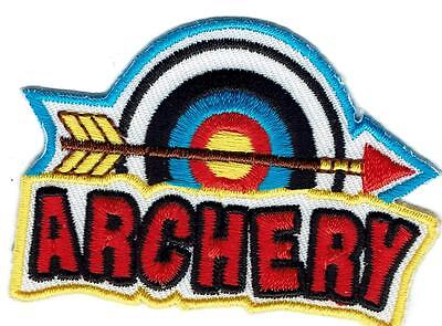 Girl green ARCHERY target Bow Arrow Class Fun Patches Crests Badge GUIDES SCOUT