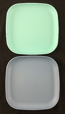 2 Square Tupperware Luncheon Snack Camping Plates Green & Blue Stackable
