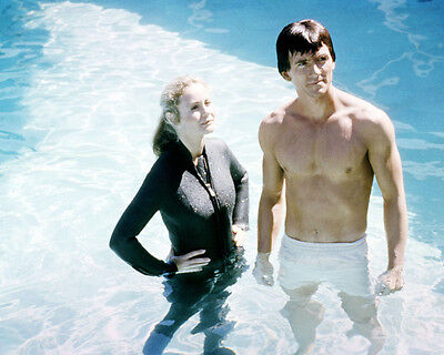Man from Atlantis Patrick Duffy barechested Belinda Montgomery in wetsuit Photo