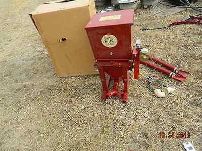 silo guard  gandy box  with blower hay production  anti mold hay  nos 12 volt