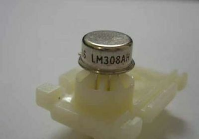 NS LM308AH Can-8 SUPER GAIN OPERATIONAL AMPLIFIER