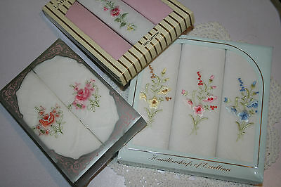 8x Womens Vintage Boxed Embroidered Handkerchiefs Hankies Flowers Shabby Chic