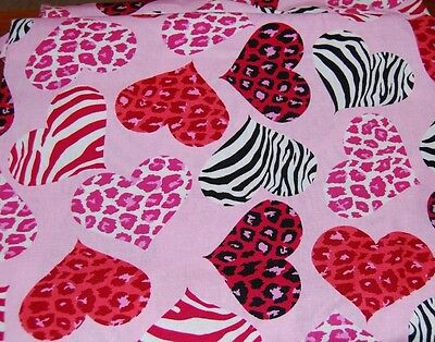 COMFY BOUFFANT SURGICAL Scrub Hat,CAP PINK, ANIMAL PRINT HEARTS 1