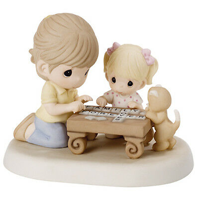 New PRECIOUS MOMENTS Figurine FAMILY WORD BOARD GAME Porcelain Statue SPELL MOM