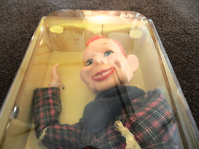 """Howdy Doody 1972 Ventriloquist Doll, Mint, New In Original Box 24"""""""