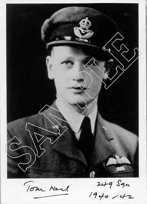 Complete set of hand signed photos Battle of Britain aircrew - 100 diff sigs